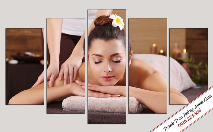 tranh treo tuong spa co gai massage bo 5 tam