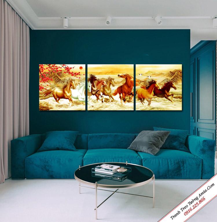 tranh treo phong khach dep ngua phi nuoc dai