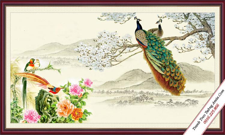 tranh doi chim cong va hoa moc lan trang