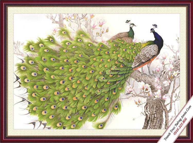tranh doi chim cong xoe duoi dep treo phong ngu