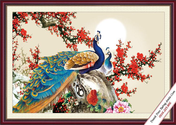 tranh hoa dao va doi chim cong duoi anh trang
