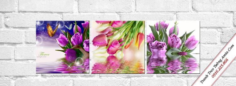 tranh treo tuong cau thang hoa tulip sac mau