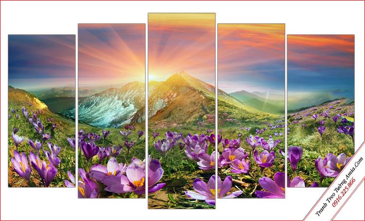 tranh phong canh mat troi moc tren doi hoa
