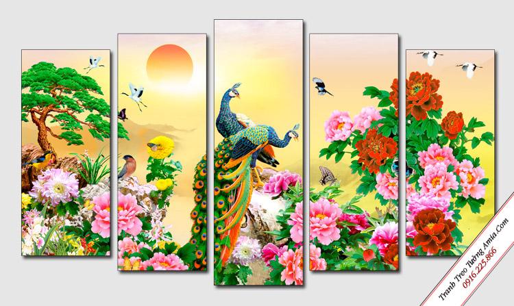 tranh phong thuy chim cong va hoa mau don treo tuong