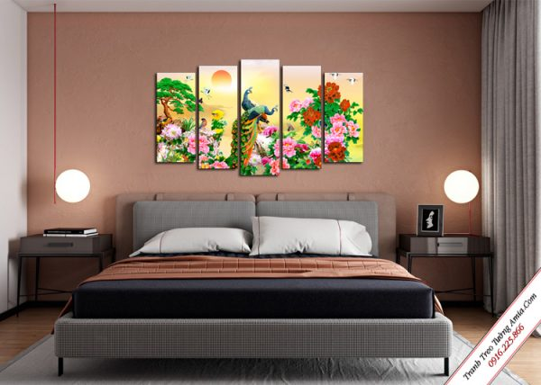 tranh treo phong ngu doi chim cong va hoa mau don