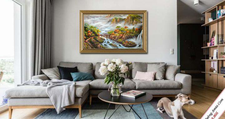 tranh treo tuong phong canh nui non hung vi trang le