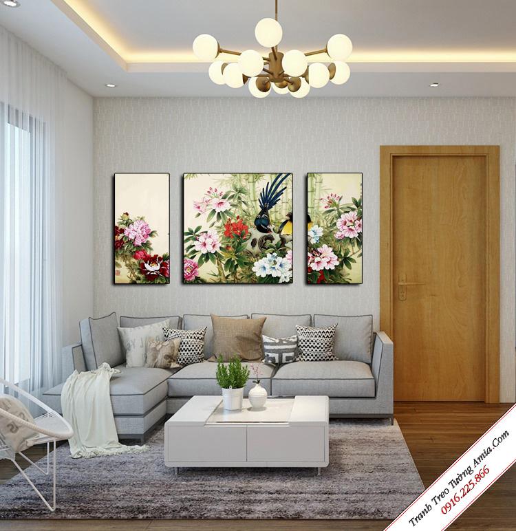 tranh treo tuong phong khach hoa mau don