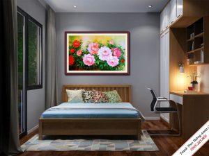 tranh treo phong ngu hoa mau don dep