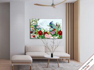 tranh chim cong va hoa mau don treo tuong phong khach dep