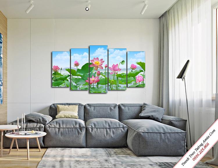 tranh treo phong khach phong canh hoa sen