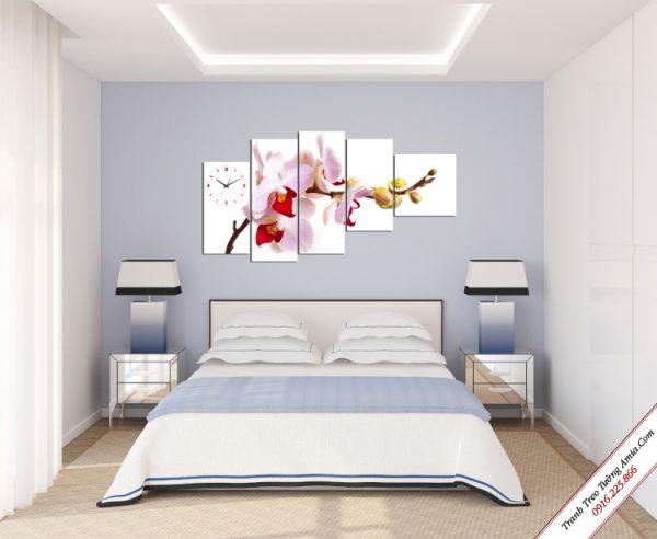 tranh treo phong ngu hoa lan trang luoi do