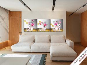 tranh treo phong khach binh hoa moc lan treo tuong