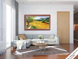 tranh treo phong khach dep ve phong canh ruong lua bac thang