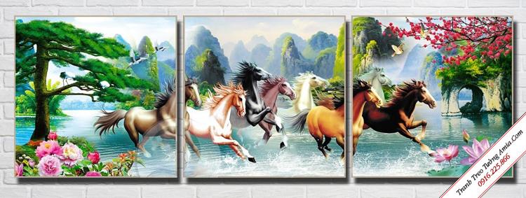 tranh phong thuy ngua phi nuoc dai treo tuong